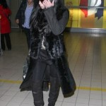 Cher Paris Airport Candid Photo