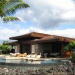 Cher selling Hawaii House