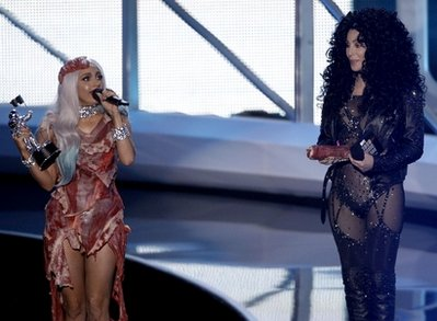 cherladygaga2 Cher presents award to Lady Gaga at 2010 VMA Awards