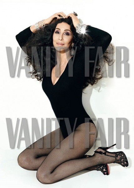 chervanityfair5 Hot new photos of CHER from Vanity Fair & Burlesque